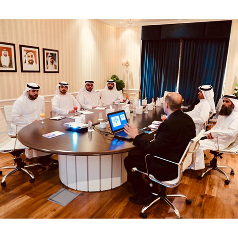 Dubai Islamic receives a delegation fro..
