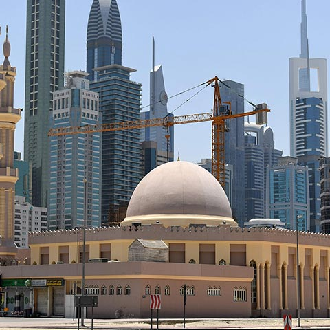 IACAD reopens Dubai mosques to worshipe..